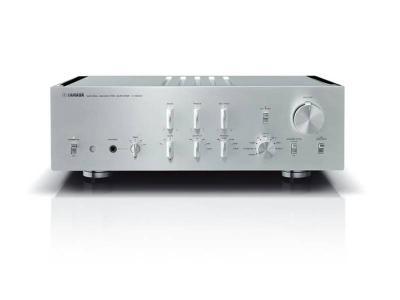 Yamaha Pre Amplifier in Silver/Piano Black - C5000 Silver/Piano Black